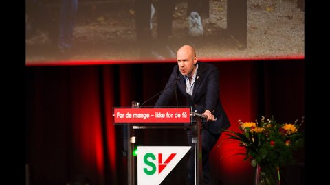 TALTE NARVIKS SAK: Håvard Stubø markerte seg på SVs landsmøte på Gardermoen i helgen.