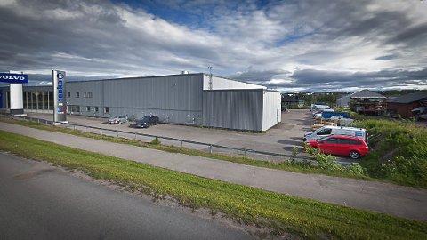 UTSATT FOR HÆRVERK: Bilbolaget Norrbotten er en av bilforhandlerne som har blitt utsatt for hærverk i det siste. Skadene rapporteres å være på millionbeløp.