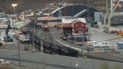 KOSTBART: Det koster å gjøre feil på jernbanen. Bane nor har sendt flere krav til Grenland Rail etter at de har forårsaket avsporinger på Narvikterminalen.