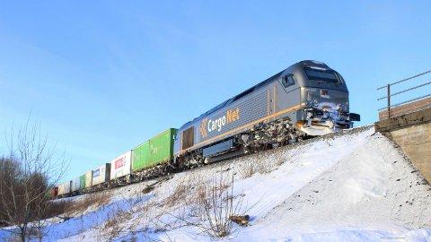 NYTT TOG: CargoNet vil nå starte en ny togrute som sparer ni timer transport for sjømat fra Nord-Norge.