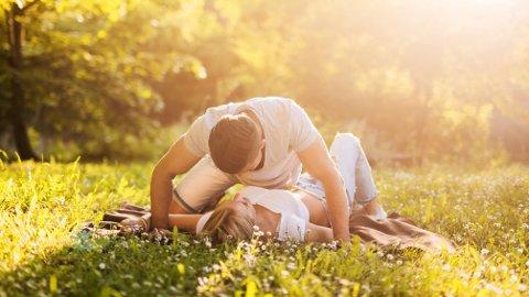 OPPGANG: Ekspertene tror på en oppgang i både festing, dating, seksuelt overførbare sykdommer og seksuelle krenkelser etter koronakrisen.