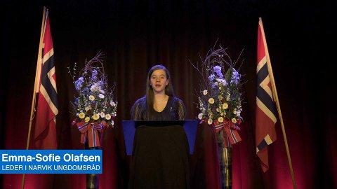 Tale: Leder for ungdomsrådet, Emma Sofie-Olafsen, holdt tale på 17. mai.