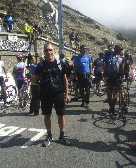 Frankrike: Aust på toppen av fjellet Tourmalet. Foto: privat