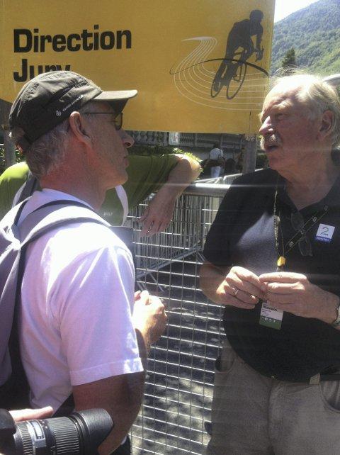 Ekspert: Kurt Aust snakker med sykkelekspert Johan Kaggestad.Foto: privat
