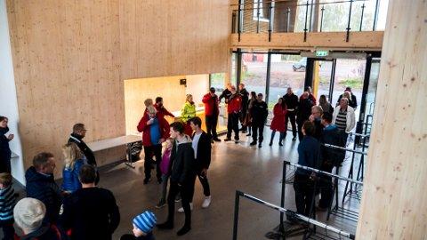 OMVISNING: De nye lokalene på Langgrunn blir ny base. Flyttingen skjer snart.