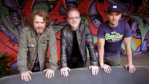 Bandet: Revolver er nå en trio, bestående av Eyolf Lund, Frank A. Tostrup og Jostein Christensen.foto: bjørn Nilsen