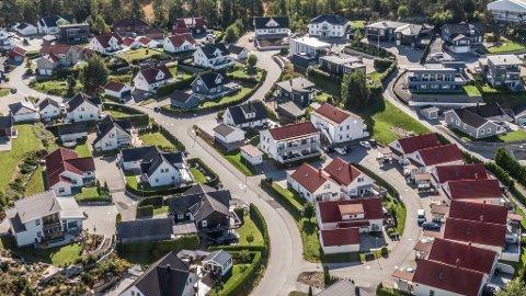 Går det som DNB Markets spår, kan boligprisene stige med 4,1 prosent i år og hele 6 prosent neste år. Bildet viser Bråtenfeltet på Begby.