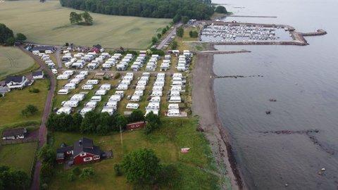 SPRENGT KAPASITET: Hortens campingverter melder om en fantastisk sesong, med fulle campingplasser hele sommeren.