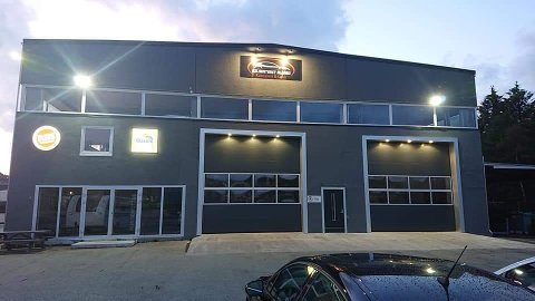 Bilsenteret Ålgård har klargjort nytt karosseri- og lakkeringsverksted. Det eneste som gjenstår er en storbilboks.