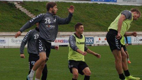 Rogvi Baldvinsson (nummer 26) er innstilt på å fortsette karrieren i dansk 1. divisjon.