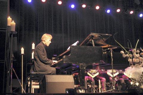 Håvard Gimse er et kjent navn for oss alle. Likevel overrasket han med sitt pianospill denne kvelden.