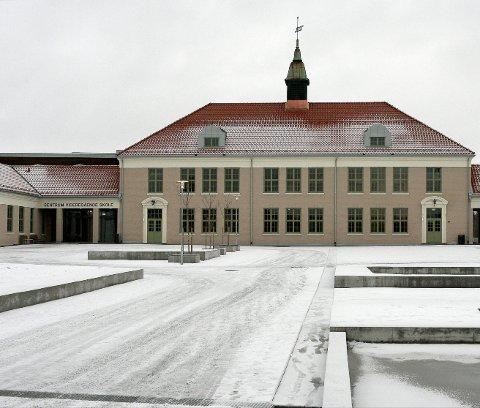 – vakrast i byen: Sentrum videregående skole.foto: ole-johnny myhrvold