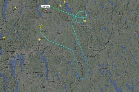 SNUDDE: Her ser du ferden til flyet. SKJERMDUMP: FLIGHTRADAR24.COM