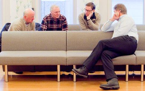 Klarer kostnadene: Her golfklubbens f.v. Claus Mæland, Knut Pedersen, Hans Kjensjord og Jan Petter Torgersrud i Glåmdal tingrett i fjor.Foto: Ole-Johnny Myhrvold