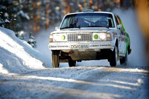 TILBAKE IGJEN: Ole Morten Korsmo er en gammel kjenning for mange ivrige tilskuere på Rally Finnskog. Her fra Kongshov-etappen i 2012. (Foto: Simen Næss Hagen)