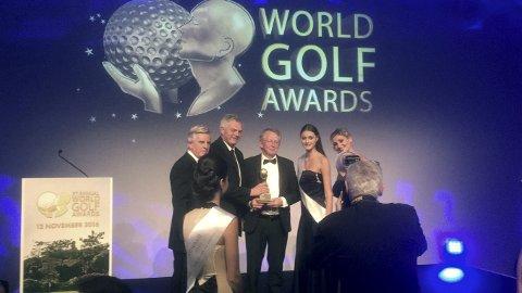 Award: Kongsvingers golfklubb ble for tredje gang på rad kåret til Norges fineste golfbane i World Golf Awards Gala Ceremony i Portugal. Klubben var representert med styreformann Nils Gunnar Venberget og Jon R Krogstad. De mottok den gjeve prisen på vegne av klubben.