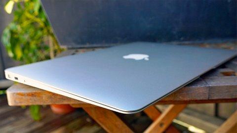 De nye MacBook-modellene skal være tynnere enn Air. FOTO: Tek.no