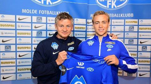 DEBUTERER: Ole Gunnar Solskjær gir Martin Ellingsen (t.h.) tillit fra start mot Stabæk.