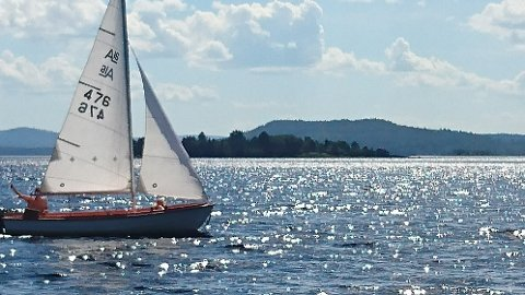 SEILBÅT-SATSING: Jo, da. Det finnes allerede seilbåter på Storsjøen, men bare et fåtall. Nå kan det bli langt flere.