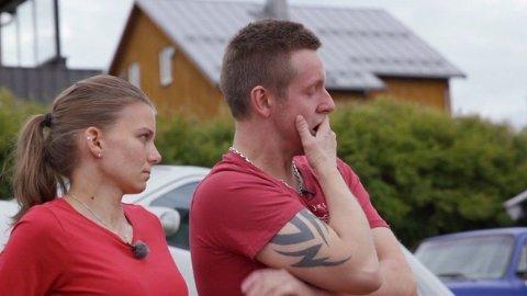 EMOSJONELT: Øseth tar til tårene når han skjønner at han potensielt må selge huset. Foto: TV3