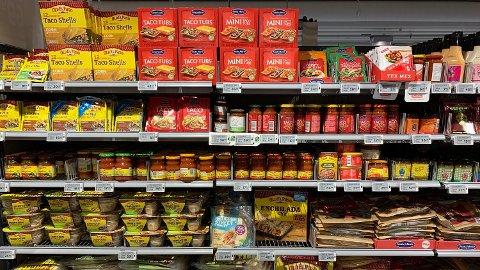 STORT UTVALG: Det finnes en drøss med ulike tacoprodukter. Foto: Halvor Ripegutu