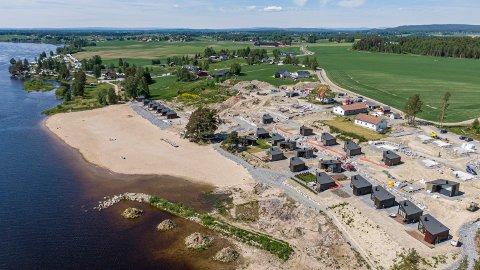 TV-SERIE: Her ved Glommas bredd skal den populære TV-serien spilles inn. Bildet ble tatt i sommer.