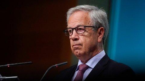 Alle er enige om at Øystein Olsen og sentralbanken ikke rører styringsrenta denne gange. Derimot er det utviklingstrekk som tilsier at han kan kommer til å jekke opp rentenivået raskere enn signalisert tidligere.  Foto: Fredrik Hagen (NTB scanpix)