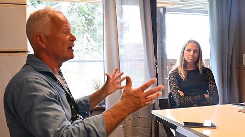 Fylkeslege Harald Vallgårda har besøkt Sør-Odal, Nord-Odal, Åsnes og Eidskog, og mener de har vært fleksible, kreative og innovative i pandemihåndteringen.