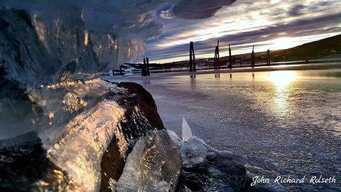 2. Vinterstemning ved MJØSA: Skikkelig idyllisk på Strandpromenaden. Foto: John Richard Rolseth