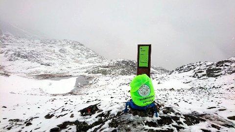 SNØVÆR: 44 personer la turen over Besseggen ved sesongstart lørdag 1.juni.