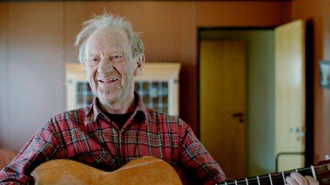 Jan Jørstad fra Lillehammer er en av de medvirkende i den nye kinodokumentarfilmen om demente.