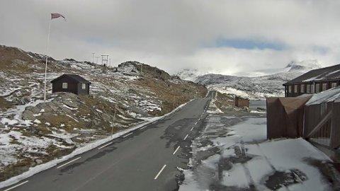 Fjellet i Vestlandet fikk snøfall allerede i september. Det er varslet videre lavere temperaturer og snø flere steder både nord og andre steder i fjellet.
