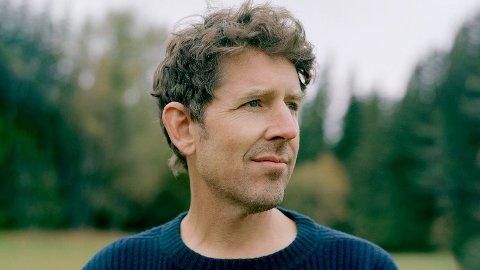 Odd Nordstoga valde Rudi gard i Sør-Fron då han skulle ha sin første turnékonsert utanfor Oslo.