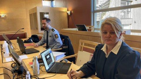 AKTOR: Statsadvokat Iris Øsp Lydsdottir Storås fører saken for påtalemyndighetene. Medhjelper er politibetjent Erik Tronstad Drægebø. Saken startet i Nord-Gudbransdal tingrett mandag.