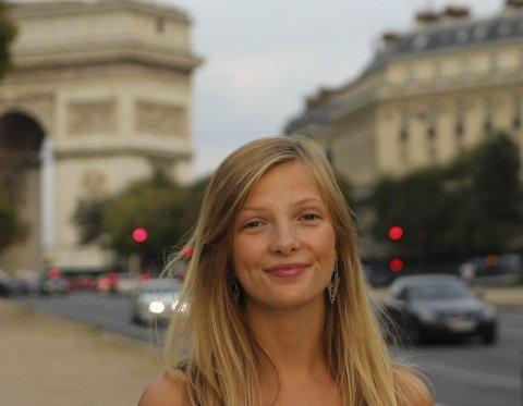ETTER TERROREN: – Jeg føler meg trygg, sier Yngvild Næss Trøan, som bor i Paris. Foto: Privat