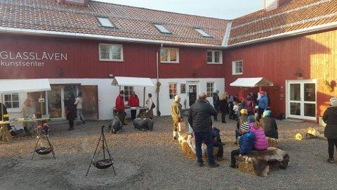 FINVÆR: Søndag ble en flott dag for aktivitet ute på Granavollen. Her utenfor Glasslåven.