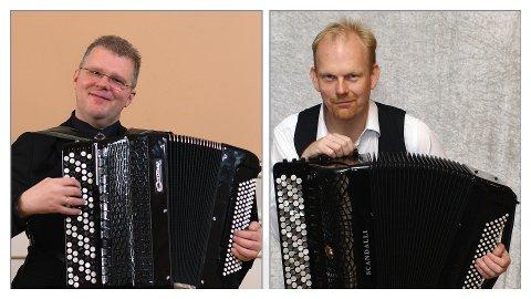 TREKKSPILL: Håvard Svendsrud og Øivind Farmen spiller på Trivselshuset.