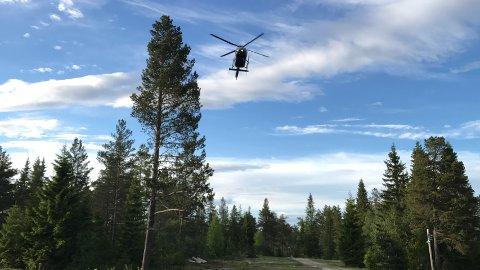 KOM OG REISTE: Statsminister Erna Solberg kom, og dro, med helikopter.