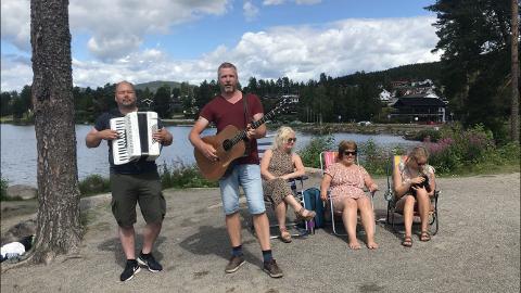 BØHRENTANGEN: Onsdag gikk turen til Bøhrentangen, og Arne Martinussen (t.v.) var med som gjestestjerne.