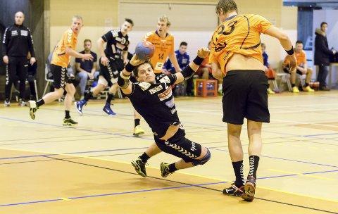 Gir alltid 100 prosent: Volda-mannen Eivind Berg får mye ansvar i Andreas Folkstrands fravær. Foto: Hans Petter Wille.
