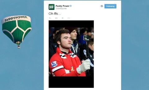 Dette er bildet som ble publisert på Paddy Powers twitterkonto i formiddag. Eirik Havnes Løken fra Halden filmer Uniteds oppvarming med et GoPro-kamera.