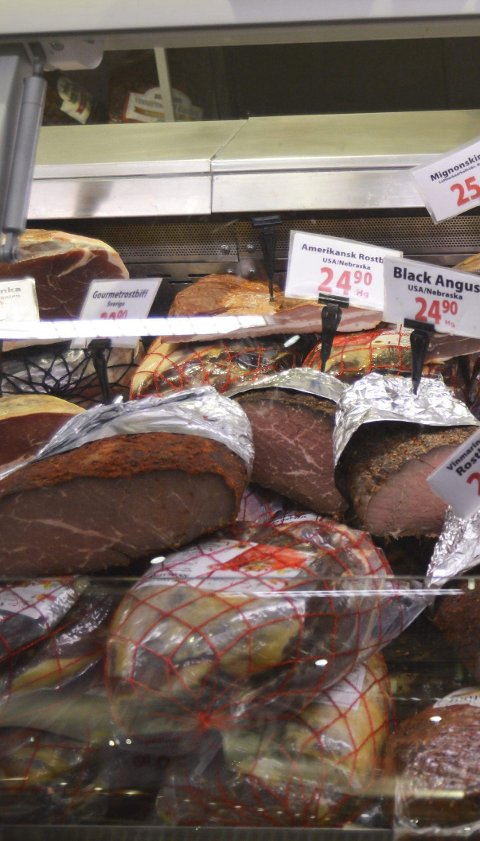 SELGER MEST: Kjøtt er det som selges klart mest.