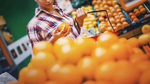 VIKTIG: Sommerhandelen er viktig for mange feriekommuner i Østfold, blant dem Aremark, viser nye tall fra Virke.