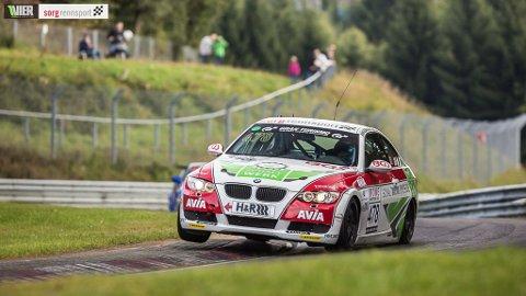 KJØRTE BRA: Inge Hansesætre og hans team ble nummer fire i helgens løp på Nürburgring i Tyskland.