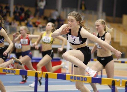 GULL: Henriette Jæger vant gull på 60 meter hekk under junior-NM innendørs fredag kveld.