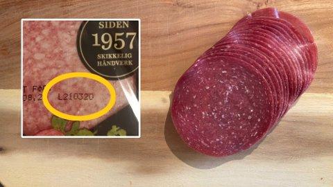 SJEKK DETTE NUMMERET: Du skal sjekke lot-nummeret på salamipakken din, for å se om det er en av dem som trekkes tilbake fra markedet. Illustrasjonsfoto.