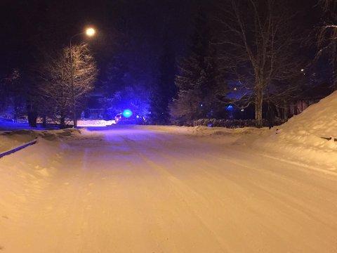 BRANNTILLØP: Politi og brannvesen rykket ut til en bolig på Ingeberg mandag kveld.