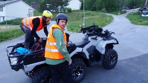 Yngve Vestrheim (t.v.) og Kjetil Kristiansen før redningsaksjonene fredag kveld.