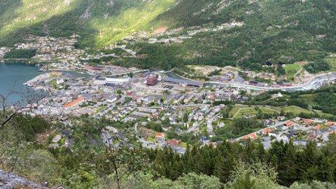 Regjeringen foreslår en økning på 2 milliarder kroner i frie inntekter til kommunesektoren.