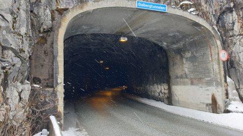 Dalbergtunnelen på riksveg 7 i Måbødalen  vil få oppgradering av lysanlegget slik at det vert som i ein ny tunnel. Dette arbeidet vil påverka trafikkavviklinga utover hausten.
